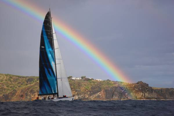 2012-rc600-rainbow-boat